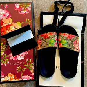 Gucci Blooms Slides size 38